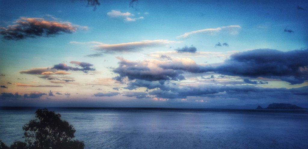 l'ora d'oro dopo il tramonto sul golfo di Palermo ©Ljus av Balarm