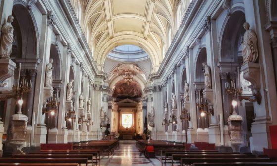 La cattedrale nel silenzio
